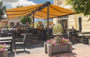 Markilux syncra 2 Patio Frame and 2 Retractable Awnings